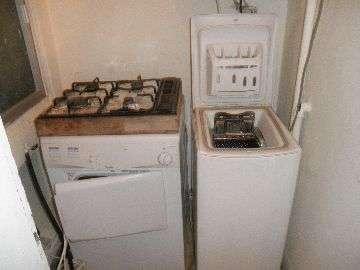 Washing machine +Dryer +hob